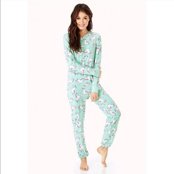 Gently Used Forever 21 Pastel Unicorn Pajamas